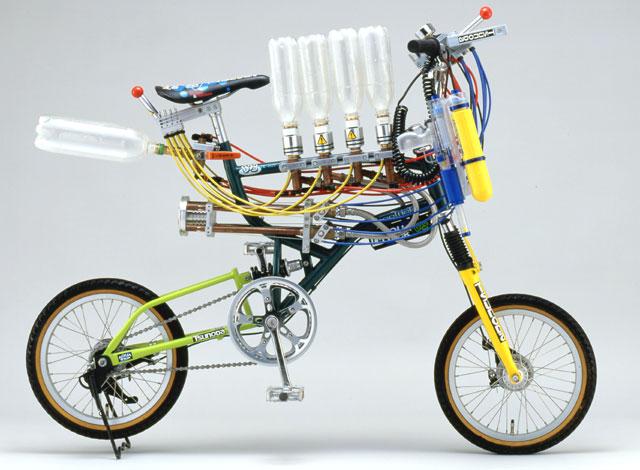 AQUA TRICK BOB アシストの自転車です。 ◆電動アシスト自転車のパロディーとして、と